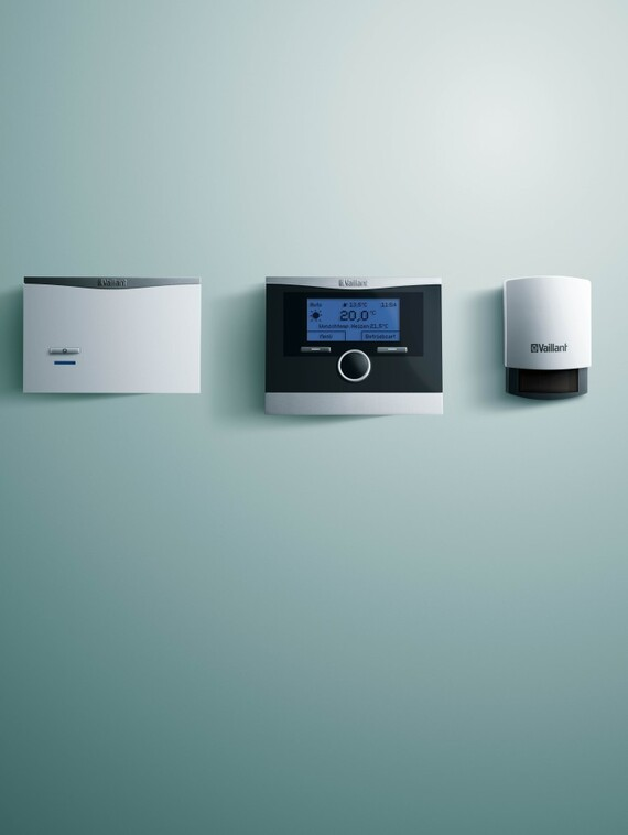 //www.vaillant.si/media-master/global-media/vaillant/product-pictures/emotion/control12-1535-01-40602-format-3-4@570@desktop.jpg